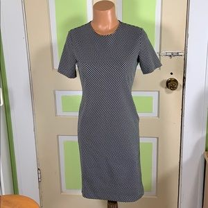 THEORY BLACK WHITE SHIFT DRESS 8 USA